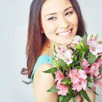 Femeile iubesc și merită flori